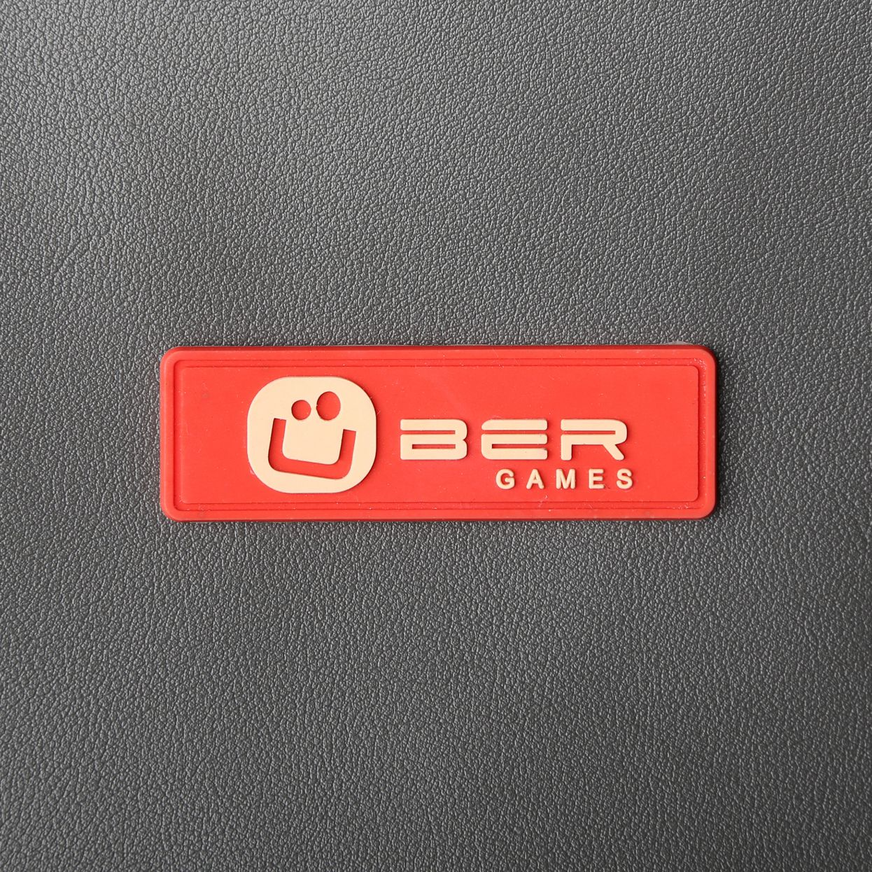 Rubber And PU Labels (6)
